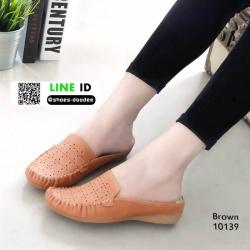 รองเท้าคัชชูส้นเตี้ยเปิดส้น 10139-น้ำตาล [สีน้ำตาล ]