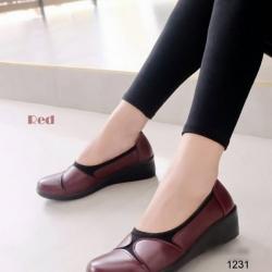 รองเท้าคัทชูเพื่อสุขภาพ พื้นนิ่มตัดใส่ผ้ายืด (สีแดง )