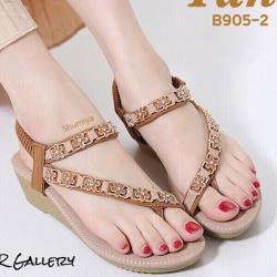 รองเท้าแตะรัดส้น สไตล์ลำลอง แบบสวมนิ้วโป้ง หนังชามัวร์ (สีแทน )