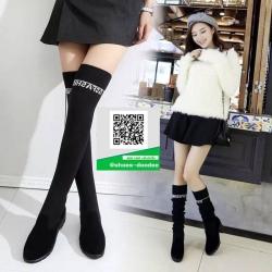 รองเท้าบูทถุงเท้าสีดำ สุดชิค สไตล์เกาหลี (สีดำ )