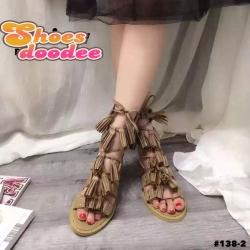รองเท้าแตะแบบสายรัดสไตล์โรมัน แต่งภู่ (สีเบจ)