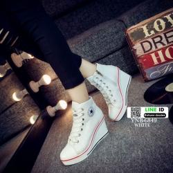 รองเท้าผ้าใบหุ้มข้อส้นเตารีดสีขาว ซิปข้าง Style Converse (สีขาว )