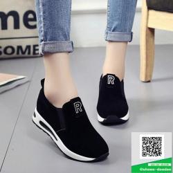 รองเท้าผ้าใบไร้เชือกสีดำ แนวสตรีท (สีดำ )