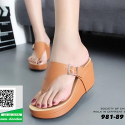 รองเท้าเตารีดเปิดส้นสีแทน หูคีบ (สีแทน )