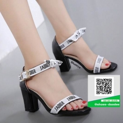 รองเท้าสันตันรัดข้อสีดำ แบบใหม่ล่าสุด สวยเท่ห์ (สีดำ )