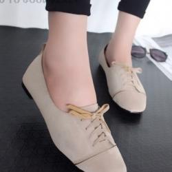 รองเท้าคัทชูส้นเตี้ย แบบผูกเชือก สักหราดนิ่ม ดูดีมีสไตล์ (สีครีม )