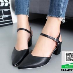 รองเท้าส้นตันสีดำ รัดส้น หัวแหลม (สีดำ )