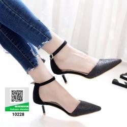 รองเท้าส้นสูงหัวแหลมที่ตอบโจทย์ สาวทันสมัย 10228-ดำ [สีดำ]