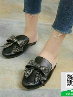 รองเท้าส้นเตี้ยสีดำ สไตล์กุชชี่ (สีดำ )