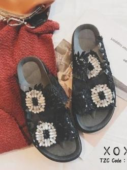 รองเท้าแตะผู้หญิงสีดำ แบบสวม สไตล์ Roger vivier (สีดำ )