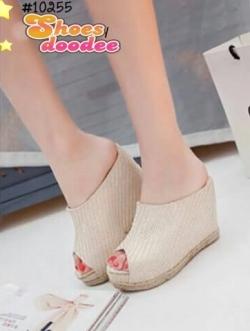 รองเท้าส้นเตารีดสีอ่อน ทรงสวม งานใส่ลำลอง วัสดุทำจากผ้ากระสอบ เเต่งเชือกป่าน งานสไตส์เกาหลี สวยมาก แบบเก๋ไม่ซ้ำใคร ใส่สบาย เสริมส้นสูง 4 นิ้ว หน้า1 นิ้ว