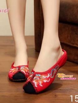 รองเท้าแตะสีแดง แบบสวมchinese-style งานปักสวยเหมือนแบบ เสริมส้นด้านในสูง1.5นิ้ว งานน่ารักมาก