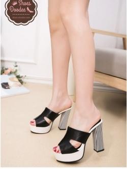 รองเท้าส้นสูงสีดำ สไตล์แบรนด์ดัง HERMES-STYLE วัสดุผ้าหนังพียูนิ๊มนิ่ม สูง4นิ้ว เสริมหน้า1.5นิ้ว