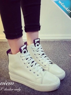 รองเท้าผ้าใบผู้หญิงสีขาว แบบหุ้มข้อ หนังPU แบบร้อยเชือก ทรงคลาสสิค ฮิตตลอดกาล แฟชั่นพร้อมส่ง