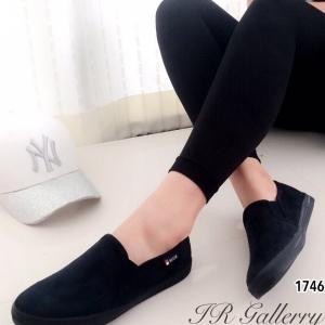 รองเท้าผ้าใบ แบบสวม หนังกลับ รุ่นขายดี (สีดำ )