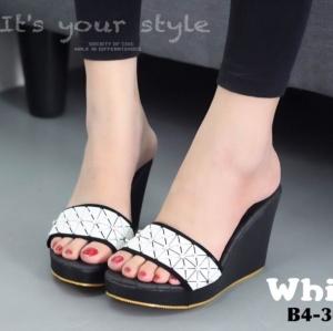 รองเท้าส้นเตารีดสีขาว เปิดส้น สไตล์ ISSEY MIYAKE BAO BAO (สีขาว )