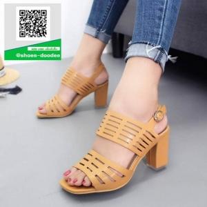 รองเท้าส้นสูงรัดส้นสีแทน สายคาดหน้าหนังนิ่มฉลุลาย (สีแทน )