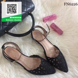 รองเท้าส้นเตี้ยสีดำ Ankle Strap Sandal (สีดำ )