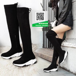 รองเท้าบูทยาวสีดำ สุดชิค สไตล์เกาหลี (สีดำ )