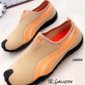 รองเท้าผ้าใบผู้หญิง ไร้เชือก ผ้าสังเคราะห์เนื้อนุ่ม ใส่สบาย (สีครีม )