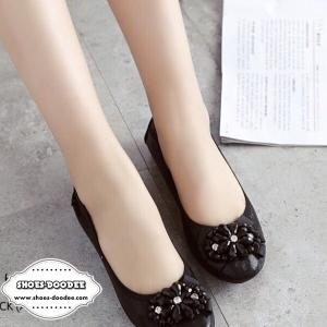 รองเท้าคัทชูสีเทา งานขายดี ส้นสูง1นิ้ว ทำจากผ้าเมทัคลิคใส่แล้วขับผิวสุดๆ ขอบเป็นผ้ายางยืด ยืดหยึ่นตามเท้า แบบเรียบๆใส่ได้เรื่อยๆค่ะ