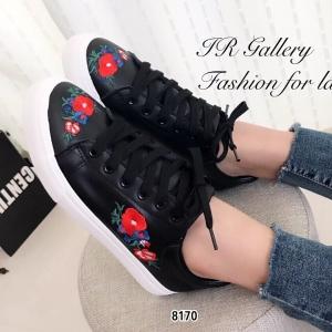 รองเท้าผ้าใบ แบบเชือก ปักลายดอกไม้ ซับในนุ่มใส่สบายเท้า (สีดำ )