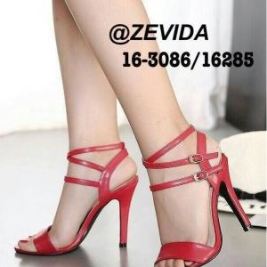 รองเท้าส้นสูงสีแดง 4นื้ว ทรงคลาสสิค มีสายรัดข้อเท้าปรับขนาดได้ แถมได้ลุคเซ็กซี่นิดๆเวลาสวมใส่