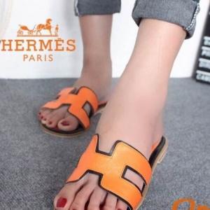 รองเท้าแตะ แบบสวม เปิดส้น สไตล์HERMES (สีส้ม )