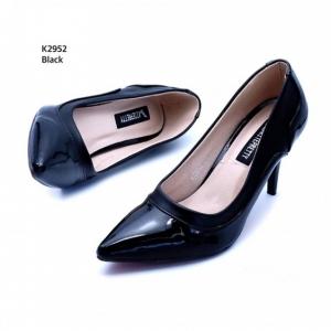 รองเท้าคัทชูส้นเข็ม หนังแก้ว(สีดำ)