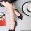 รองเท้าคัทชูหัวแหลม แต่งโบว์ ลายหนังงู (สีดำ ) thumbnail 1