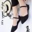 รองเท้าส้นแบนรัดส้นสีดำ หัวแหลม หน้าประดับคริสตัล (สีดำ ) thumbnail 1