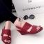 รองเท้าส้นเตารีดแบบรัดส้น งานหนัง (สีแดง )