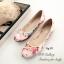 รองเท้าส้นแบน หุ้มส้น ลายดอกไม้วินเทจ (สีครีม )