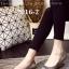 รองเท้าคัทชูหัวแหลม สไตล์Roger-Viewer แต่งหัวเข็มขัดสีเงิน (สีเทา )