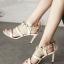 รองเท้าส้นสูงสีครีม ทรงส้นเข็ม สูง 3.5 นิ้วหมุดดอกไม้ ด้านหลัง.ใช้ผ้า ชีฟองม้วนทำโบ เกร๋สุดๆ เปรี้ยวอมหวาน ไม่มีในตู้รองเท้าถือว่าพลาดอย่างแรง thumbnail 1