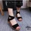 รองเท้าส้นเตี้ยรัดข้อสีดำ สายไขว้ยางยืด ซิปหลัง (สีดำ ) thumbnail 1