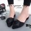 รองเท้าส้นเตี้ยเปิดส้นสีดำ หัวแหลม แต่งกุหลาบ (สีดำ ) thumbnail 2