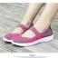รองเท้าผ้าใบแฟชั่น ผ้ายืดสาน พื้นหักงอได้ (สีชมพูเข็ม ) thumbnail 2