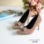 รองเท้าคัทชูหัวแหลม ส้นสูง แต่งโบว์ (สีน้ำตาล ) thumbnail 5