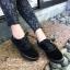 รองเท้าผ้าใบแฟชั่นสีดำ แบบเชือก ผ้ากำมะหยี่ (สีดำ )