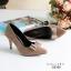 รองเท้าคัทชูหัวแหลม ส้นสูง แต่งโบว์ (สีน้ำตาล ) thumbnail 4