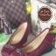 รองเท้าคัทชูส้นเตารีด หัวตัด แต่งอะไหล่สีรมควัน (สีแดงเข้ม )