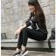 รองเท้าผ้าใบเสริมส้นสีดำ แต่งขอบหนังเงา ดีไซน์สวย (สีดำ )