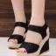 รองเท้าส้นเตารีด รัดส้น ผ้าลูกไม้ สไตล์เกาหลี (สีดำ ) thumbnail 1