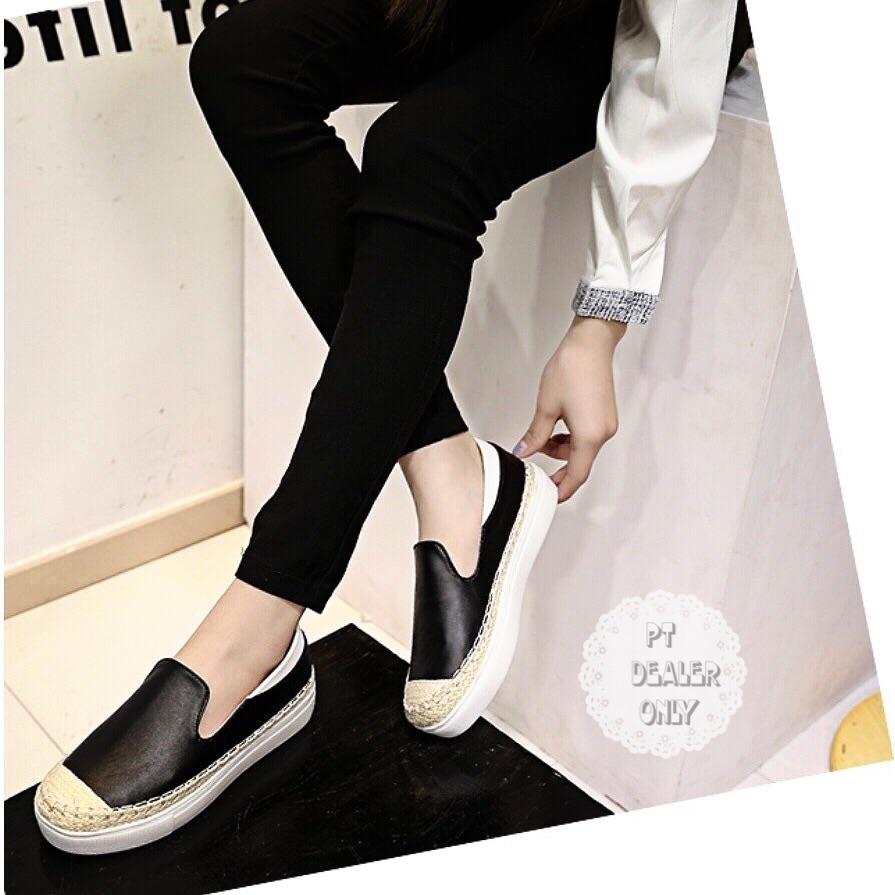 รองเท้าผ้าใบแฟชั่นราคาถูก รองเท้าผ้าใบแฟชั่นผู้หญิง รองเท้าผ้าใบผู้หญิงราคาถูก รองเท้าผ้าใบราคาถูก  รองเท้าผ้าใบสวยๆ รองเท้าผ้าใบ พร้อมส่ง